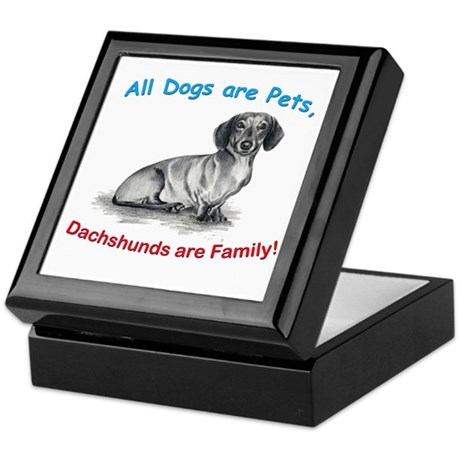 147895607v 100x100 Front Dachshund Dachshunds Family Keepsake Box