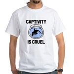 Captivity is Cruel, Free the Orca Whales s T-Shirt